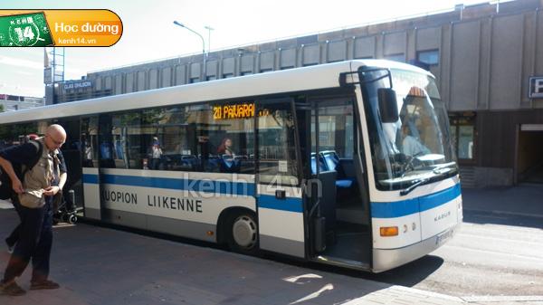 120117HDPhanLanxebus.jpg